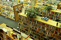 bookstore, Borders, interior, Burlington, Vermont, Borders Bookstore, Interior of Borders Books in Burlington.
