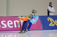 SCHAATSEN: SALT LAKE CITY: Utah Olympic Oval, 15-11-2013, Essent ISU World Cup, 3000m, Gerard Kemkers (trainer/coach TVM Schaatsploeg), Antoinette de Jong (NED), ©foto Martin de Jong