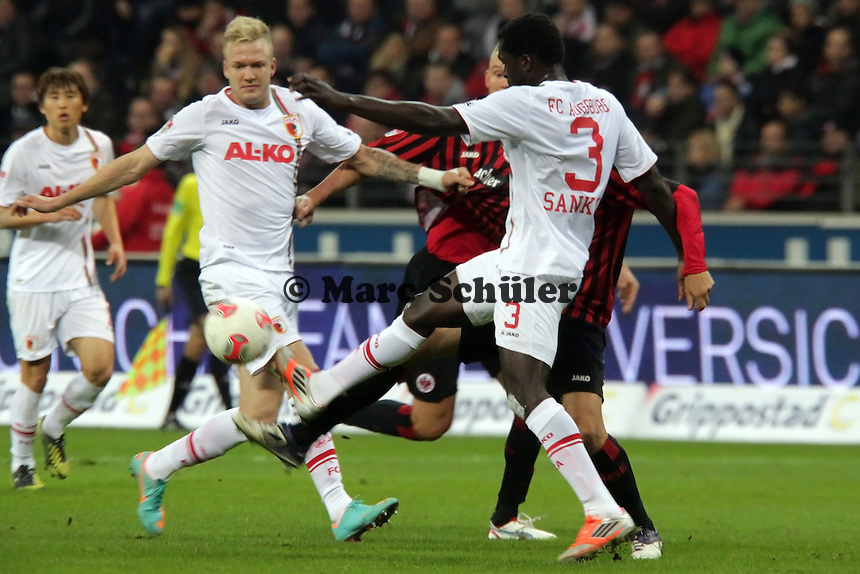 Karim Matmour (Eintracht) gegen Gibril Sankoh (Augsburg)
