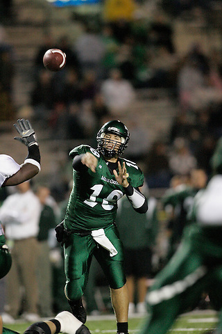 DENTON, TX  NOVEMBER 19: Matt Phillips #18 - University of North Texas Mean Green vs University Louisiana Monroe Warhawks at Fouts Field in Denton on November 19, 2005 in Denton, TX. ULM won 24-19. Photo by Rick Yeatts