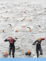 31 AUG 2007 - HAMBURG, GER - Junior Womens World Triathlon Championships. (PHOTO (C) NIGEL FARROW)