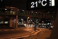 SÃO PAULO-SP-12,09,2014- TRÂNSITO - O Motorista enfrenta lentdão na Ponte Eusébio Matoso sentido bairro. Região Oeste da cidade de São Paulo,na noite dessa Sexta-Feira,12(Foto:Kevin David/Brazil Photo Press)