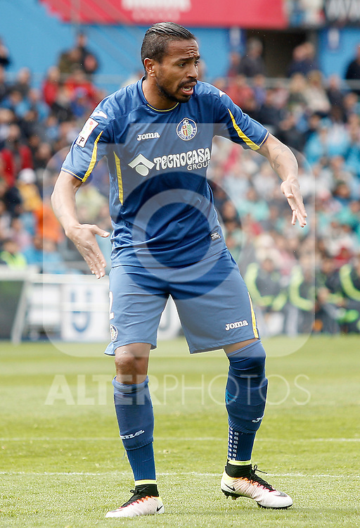 Getafe's Alvaro Pereira during La Liga match. April 16,2016. (ALTERPHOTOS/Acero)