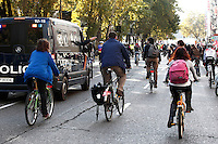 European General Strike.Protesters and trade unionists through the streets of Madrid in bicycle during the strike in Spain.November 14,2012. (ALTERPHOTOS/Carlos Rojo) /NortePhoto/nortephoto@gmail.com