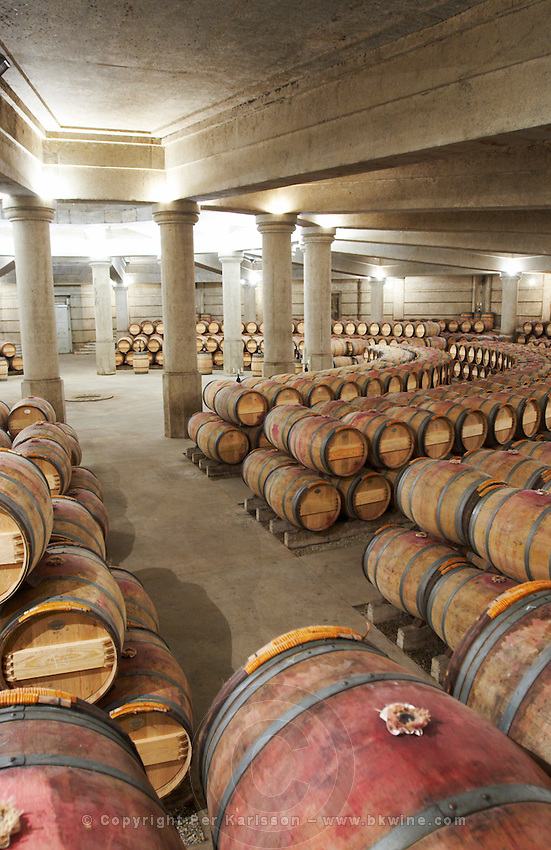 circular barrel aging cellar ch lafite rothschild pauillac medoc bordeaux france