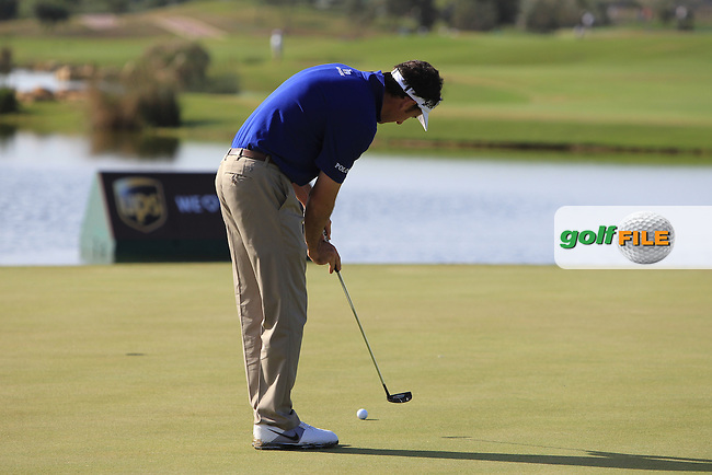 Gonzalo Fernandez-Castano (ESP) putts on the 17th green during Thursday's Round 1 of the Portugal Masters at the Oceanico Victoria Golf Course, Vilamoura, Portugal 10th October 2012 (Photo Eoin Clarke/www.golffile.ie)