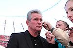 20.03.2011,  BayArena, Leverkusen, GER, 1. FBL, Bayer Leverkusen vs Schalke 04, 27. Spieltag, im Bild: Jupp Heynckes (Trainer Leverkusen)   Foto © nph / Mueller
