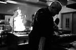 Octobre 2014,Nendaz, l'équipe du restaurant le Mont Rouge Loris Lathion  au travail© sedrik nemeth