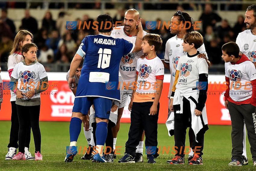 Diego Armando Maradona, Juan Sebastian Veron <br /> Roma 12-10-2016 Stadio Olimpico <br /> Incontro di calcio benefico Uniti per la Pace <br /> Charity football match United for Peace . Foto Andrea Staccioli / Insidefoto