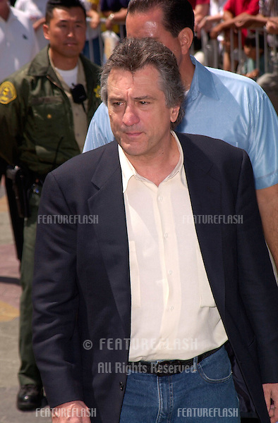 Actor ROBERT DE NIRO at the world premiere, in Los Angeles, of his new movie The Adventures of Rocky and Bullwinkle.