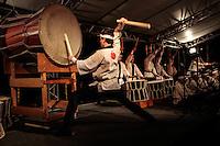 SAO PAULO, SP, 05 DE AGOSTO 2012 - II TOORO NAGASASHI - Homenagem aos sobrevivente da bomba nuclear de Hiroshima e Nagasashi durante homenagem  dos 67 anos da bomba atômica de Hiroshima, o Parque do Ibirapuera celebra a segunda edição do Tooro Nagashi (Luzes da Paz) na noite deste domingo. FOTO: VANESSA CARVALHO / BRAZIL PHOTO PRESS.