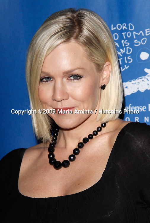 Jennie Garth.19th Annual Los Angeles Beat the Odds Awards.The Beverly Hills Hotel.Beverly Hills, CA December 03, 2009.©2009 Maria Aminta / Hutchins Photo....