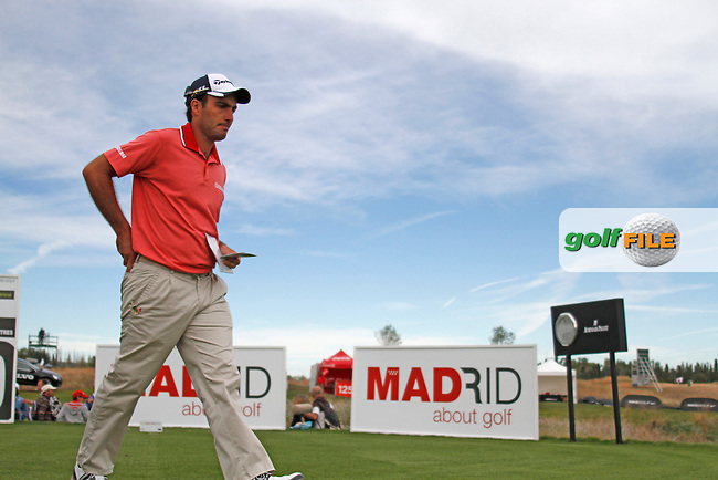 Edoardo Molinari (ITA) walks off on the 10th tee during Friday's Round 2 of the Bankia Madrid Masters at El Encin Golf Hotel, Madrid, Spain, 7th October 2011 (Photo Eoin Clarke/www.golffile.ie)