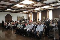 ATENCAO EDITOR: FOTO EMBARGADA PARA VEICULOS INTERNACIONAIS. - SAO PAULO,SP, 28 DEZEMBRO 2012 - PROJETO DE LEI DO NOVO ENSINO INTEGRAL  -  O Governador  durante o evento Sancao do projeto de lei complementar do Novo Ensino Integral, assinatura de convenio do Programa Creche-Escola com 26 municipios e assinatura de convenio para obras escolares com oito municipios - na tarde dessa sexta-feira, 28, no Palacio dos Bandeirantes, zona sul da capital - FOTO: LOLA OLIVEIRA/BRAZIL PHOTO PRESS