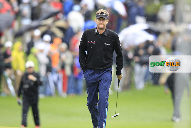 David Lynn (ENG) walks onto the 18th green during Sunday's Final Round of the 2013 Wells Fargo Championship at Quail Hollow Club, Charlotte, North Carolina, 5th May 2013..Picture: Eoin Clarke www.golffile.ie.