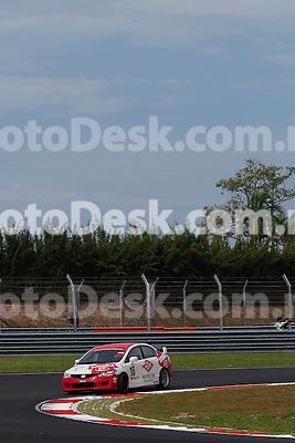 KUALA LUMPUR, MALAYSIA - May 29: Fitra ERI of Indonesia (#16) Malaysia Championship Series Round 1 at Sepang International Circuit on May 29, 2016 in Kuala Lumpur, Malaysia. Photo by Peter Lim/PhotoDesk.com.my