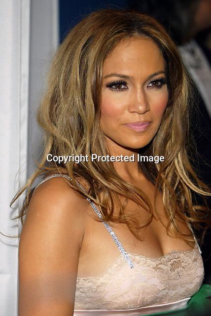 9/15/04,LAS VEGAS,NEVADA --- Jennifer Lopez arrives at the 2004 World Music Awards at the Thomas & Mack Center. --- Chris Farina