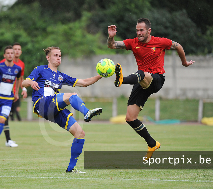 20160713 - DOUAI , FRANCE : RC Lens' Anthony Scaramozzino (R) and Wasland Beveren's Olivier Myny (L) pictured during a friendly game between Racing Club de LENS and Waasland Beveren during the preparations for the 2016-2017 season , Wednesday 13 July 2016 ,  PHOTO Dirk Vuylsteke | Sportpix.Be