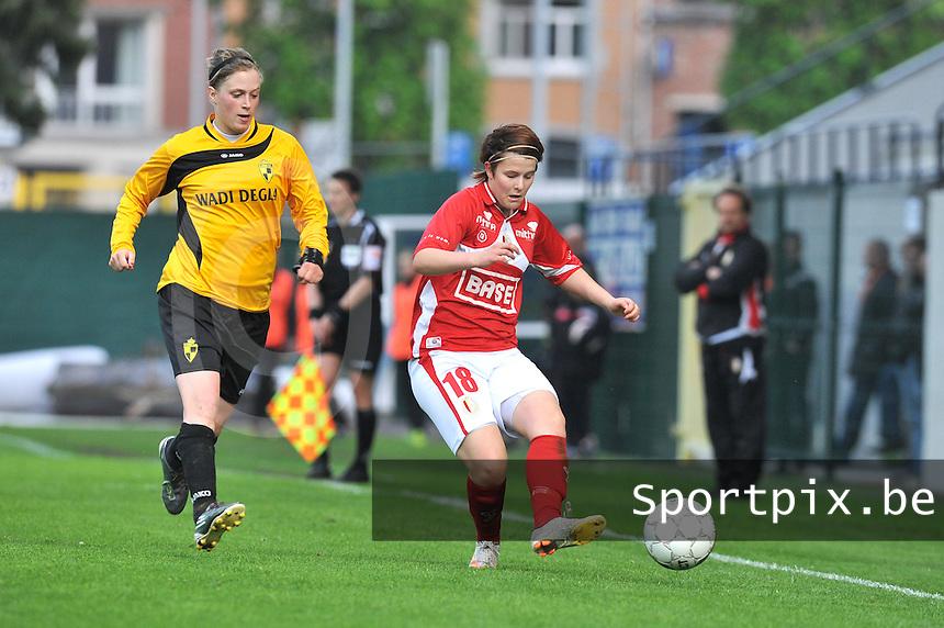 Bekerfinale 2012 : WD Lierse SK - Standard Femina :.duel tussen Caroline Berrens en Maria Laura Aga.foto David Catry / Joke Vuylsteke / Vrouwenteam.be