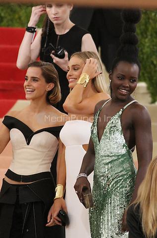 05 02 2016: Emma Watson, Margot Robbie, Lupita Nyong'o at Manus X Machina: Fashion In An Age of Technology at Metropolitan Museum of Art in New York. Credit:RWMediaPunch