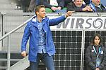 Hoffenheims Trainer Julian Nagelsmann gibt Anweisungen beim Spiel in der Fussball Bundesliga, TSG 1899 Hoffenheim - VfL Wolfsburg.<br /> <br /> Foto &copy; PIX-Sportfotos *** Foto ist honorarpflichtig! *** Auf Anfrage in hoeherer Qualitaet/Aufloesung. Belegexemplar erbeten. Veroeffentlichung ausschliesslich fuer journalistisch-publizistische Zwecke. For editorial use only.