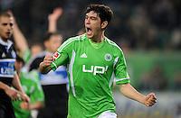 FUSSBALL   1. BUNDESLIGA   SAISON 2011/2012   27. SPIELTAG VfL Wolfsburg - Hamburger SV         23.03.2012 Felipe Lopes (VfL Wolfsburg)  jubelt nach dem 2:1
