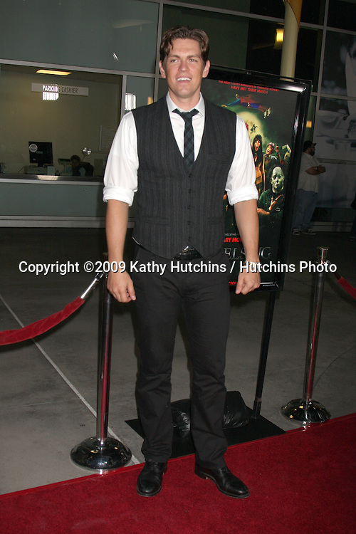 Steve Howey.arriving at the Stan Helsing Premiere.ArcLight Theater.Los Angeles,  CA.October 20, 2009.©2009 Kathy Hutchins / Hutchins Photo.