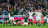 2019 Rugby World Cup Final, International Stadium Yokohama, Yokohama, Japan 2/11/2019 England vs South Africa South Africa s RG Snyman and Malcolm Marx celebrate as England s Maro Itoje and Luke Cowan-Dickie look on dejected RG Snyman and Malcolm Marx celebrate as Maro Itoje and Luke Cowan-Dickie look on dejected 27/10/2019 <br /> Rugby Coppa del Mondo finale <br /> Inghilterra Vs Sud Africa.<br /> Sud Africa Campione del Mondo <br /> Photo Inpho/Imago/Insidefoto