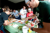 110830_COMrad_picnic