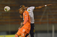 ENVIGADO- COLOMBIA, 31-08-2019.Arley Rodriguez jugador del Envigado disputa el balón con Carlos Ramirez jugador de Águilas Doradas durante partido por la fecha 9 de la Liga Águila II 2019 jugado en el estadio Polideportivo Sur de la ciudad de Medellín. /Arley Rodriguez player of Envigado figths the ball agaisnt of Carlos Ramirez player of Aguilas Doradas during the match for the date 9 of the Liga Aguila II 2019 played at Polideportivo Sur stadium in Medellin  city. Photo: VizzorImage / Leon Monsalve/ Contribuidor