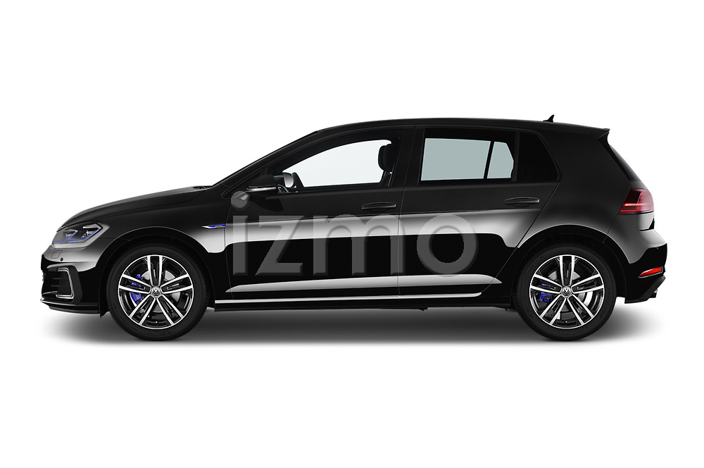 Car driver side profile view of a 2018 Volkswagen Golf GTE Base 5 Door Hatchback