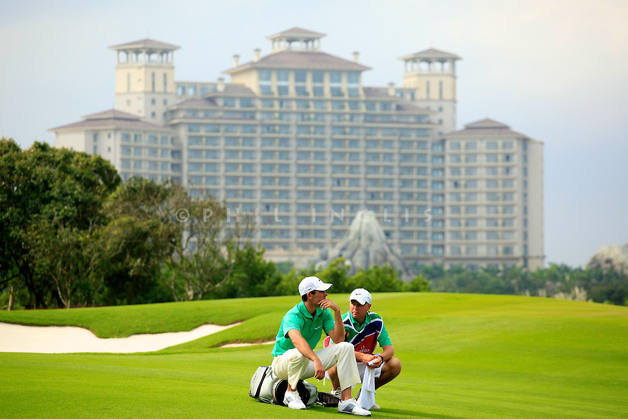 Charl Schwartzel (RSA) during the final round of the Omega Mission Hills World Cup played at The Blackstone Course, Mission Hills Golf Club on November 27th in Haikou, Hainan Island, China.( Picture Credit / Phil Inglis )