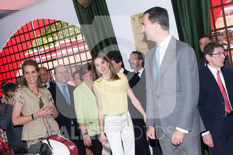 25.05.2012. Prince Felipe of Spain and Princess Letizia attend the inauguration of the Book Fair 2012 at the Retiro in Madrid. In the image Elena de Borbon, Letizia Ortiz and Felipe de Borbon (Alterphotos/Marta Gonzalez)
