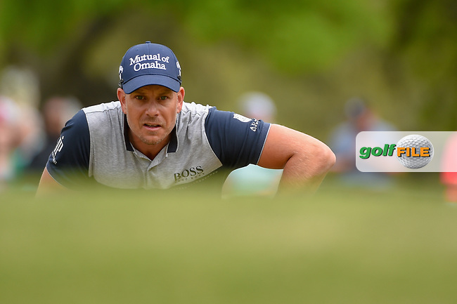 Henrik Stenson (SWE) lines up his putt on 1 during day 3 of the WGC Dell Match Play, at the Austin Country Club, Austin, Texas, USA. 3/29/2019.<br /> Picture: Golffile | Ken Murray<br /> <br /> <br /> All photo usage must carry mandatory copyright credit (© Golffile | Ken Murray)