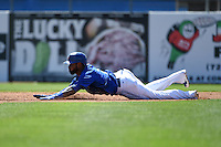 Toronto Blue Jays infielder Jose Reyes (7) during a Spring Training game against the Houston Astros on March 9, 2015 at Florida Auto Exchange Stadium in Dunedin, Florida.  Houston defeated Toronto 1-0.  (Mike Janes/Four Seam Images)