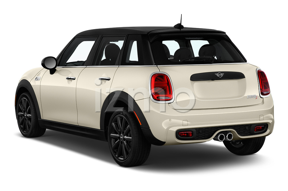 Car pictures of rear three quarter view of a 2019 Mini Hardtop 4 Door Cooper S Signature 5 Door Hatchback angular rear