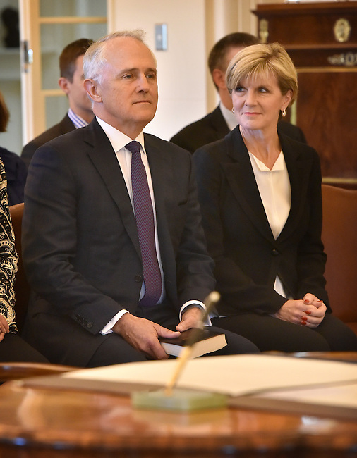 Australian Prime Minister Malcolm Turnbull (L) sits with Foreign Minister Julie Bishop (R) at Government House, Canberra on September 15, 2015. Photographer: Mark Graham/Bloomberg