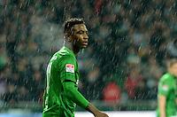 FUSSBALL   1. BUNDESLIGA   SAISON 2012/2013    20. SPIELTAG SV Werder Bremen - Hannover 96                           01.02.2013 Eljero Elia (SV Werder Bremen) entteuscht imm Regen