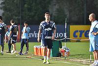 SÃO PAULO,SP, 25.05.2015 - FUTEBOL-PALMEIRAS - Fellype Gabriel do Palmeiras durante o treinamento do Palmeiras na Academia de Futebol, na Barra Funda zona oeste nesta segunda-feira, 25. (Foto: Bruno Ulivieri/Brazil Photo Press)