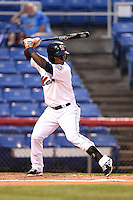 Binghamton Mets second baseman Dilson Herrera (20) at bat during a game against the Bowie Baysox on August 3, 2014 at NYSEG Stadium in Binghamton, New York.  Bowie defeated Binghamton 8-2.  (Mike Janes/Four Seam Images)