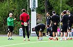 Stockholm 2014-06-07 Fotboll Superettan Hammarby IF - Tr&auml;ning :  <br /> Hammarbys rt&auml;nare Nanne Bergstrand instruerar Hammarbys spelare under Hammarbys tr&auml;ning p&aring; &Aring;rsta IP den 7 juni 2014<br /> (Foto: Kenta J&ouml;nsson) Nyckelord:  Superettan  HIF Bajen Tr&auml;ning &Aring;rsta IP portr&auml;tt portrait tr&auml;nare manager coach