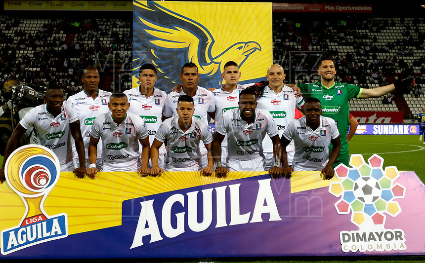 MANIZALES-COLOMBIA, 09-10-2019: Los jugadores de Once Caldas, posan para una foto antes de partido de la fecha 5 entre Once Caldas y Alianza Petrolera, por la Liga de Aguila II 2019 en el estadio Palogrande en la ciudad de Manizales. / The players of Once Caldas, pose for a photo prior a match of the 5th date between Once Caldas and Alianza Petrolera, for the Aguila Leguaje II 2019 at the Palogrande stadium in Manizales city. Photo: VizzorImage  / Santiago Osorio / Cont.