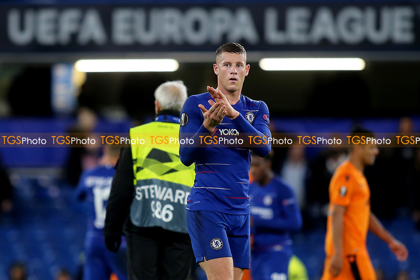 Ross Barkley of Chelsea applauds the home fans at the end of the match during Chelsea vs PAOK Salonika, UEFA Europa League Football at Stamford Bridge on 29th November 2018