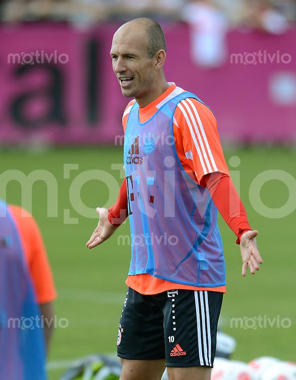 Fussball 1. Bundesliga:  Saison  2012/2013     Training beim FC Bayern Muenchen 03.10.2012 Arjen Robben (FC Bayern Muenchen)
