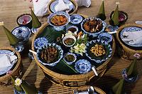 """Asie/Thaïlande/Env de Chiang Mai : Réception à la """"Mae Sa Valley Resort"""" - Détail de la table"""