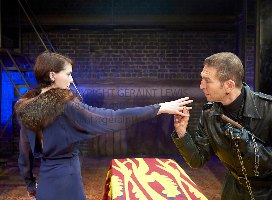 Richard III by William Shakespeare, directed by Mehmet Ergen. With Georgina Rich as Lady Anne Greg Hicks as Richard, .Opens at The Arcola Theatre on 15/5/17.