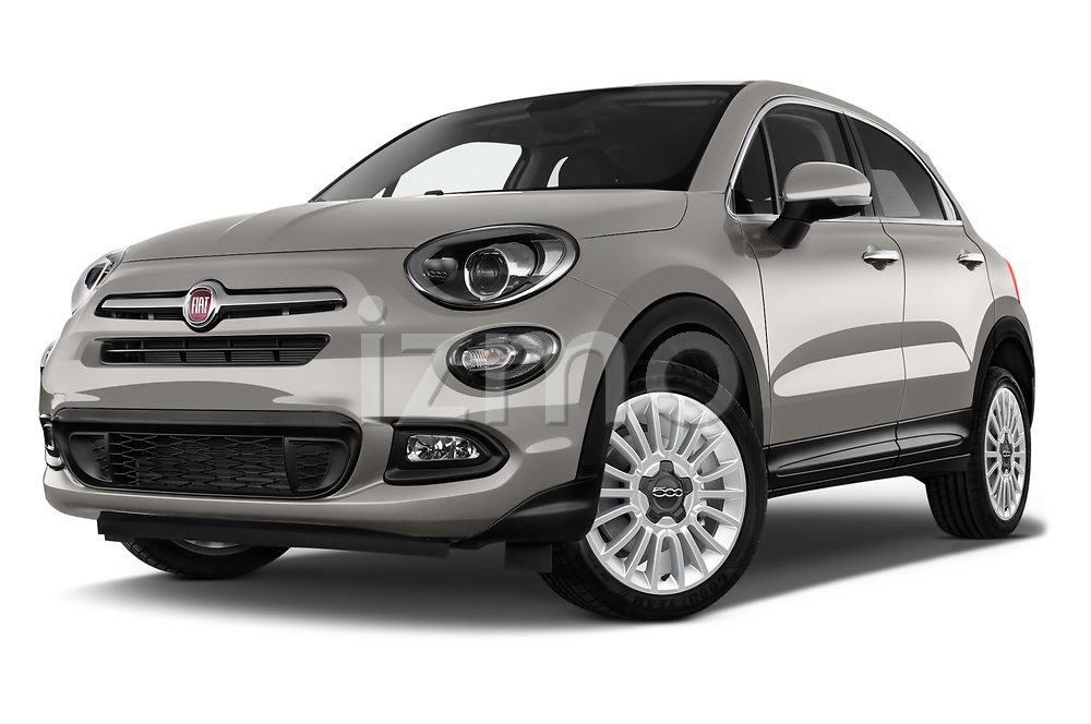 Stock pictures of low aggressive front three quarter view of 2017 Fiat 500X Lounge 5 Door SUV Low Aggressive
