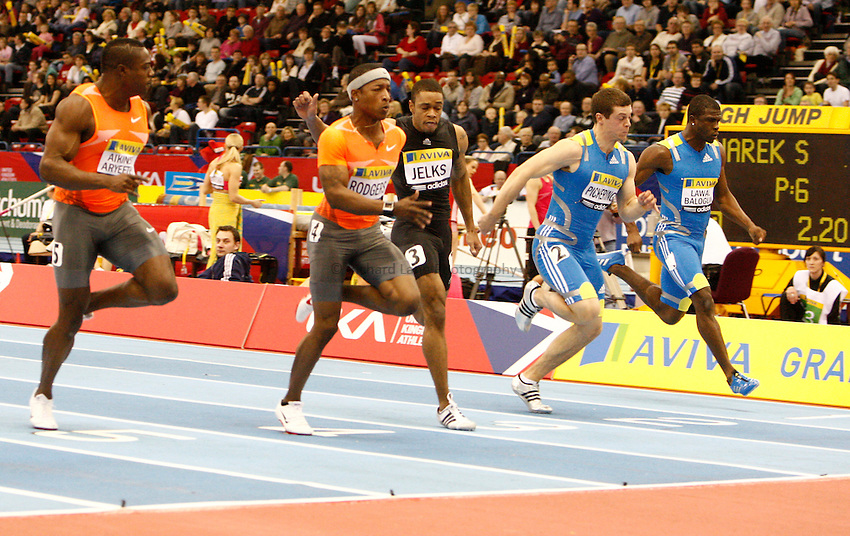 Photo: Richard Lane/Richard Lane Photography. Aviva Grand Prix. 20/02/2010. USA's Michael Rodgers (c) wins flanked by Great Britain's Harry Aikines Aryeetey (lt) and Craig Pickering (rt) in a Men's 60m heat.