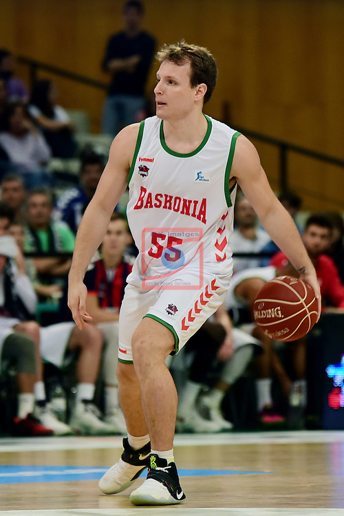 League ACB-ENDESA 2016/2017. Game: 5.<br /> Divina Seguros Joventut vs Baskonia: 83-90.<br /> Rafa Luz.