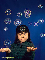 BH22-011x  Bubbles - girl catching bubbles